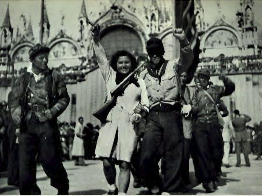 partigiani in Piazza San Marco